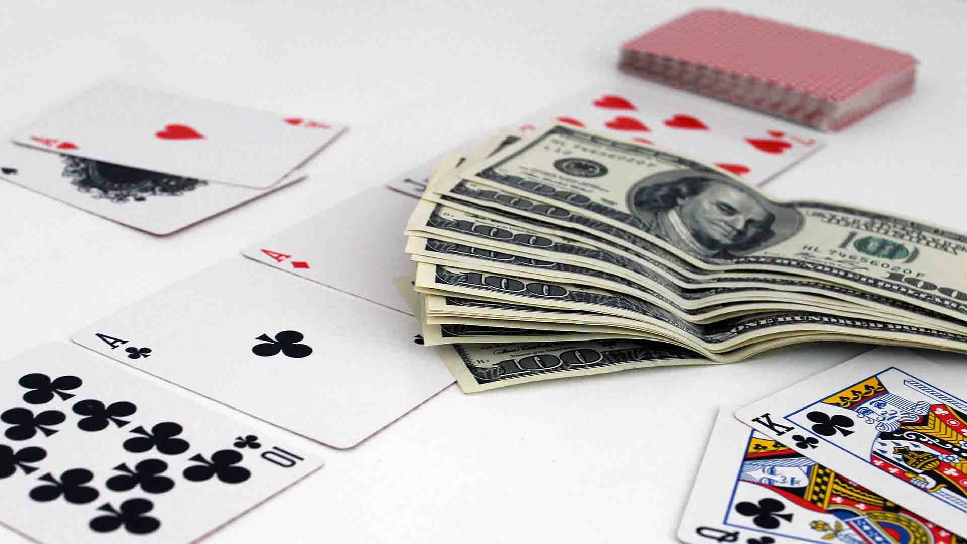 crush live poker games