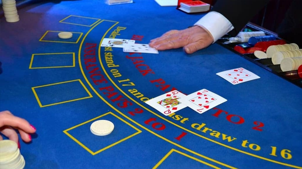 Texas holdem casino betting rules of blackjack sky betting and gaming wiki