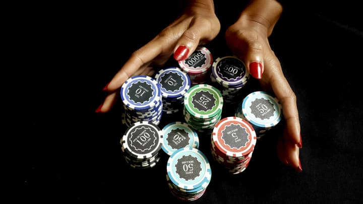 mtt poker tournament strategy