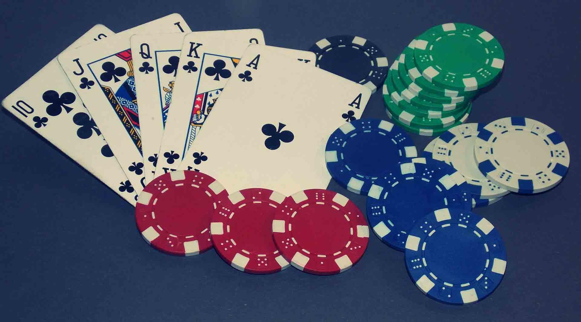 choosing online poker site to learn poker