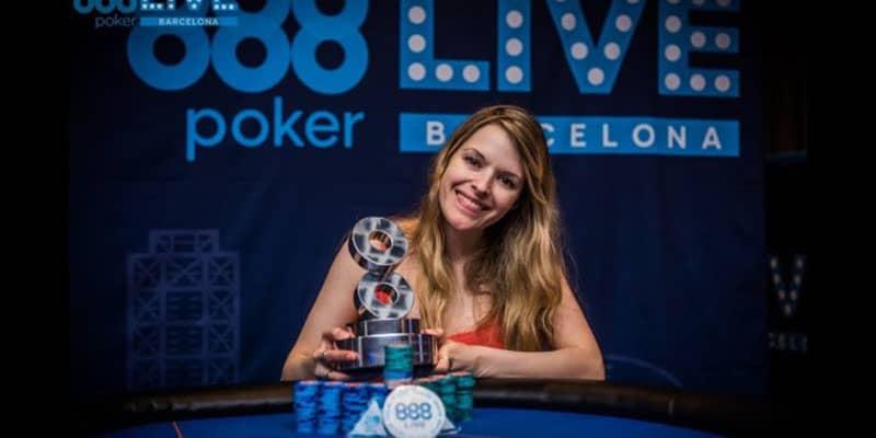 Top Female Poker Players Maria Constanza Lampropulos