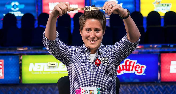 female poker players