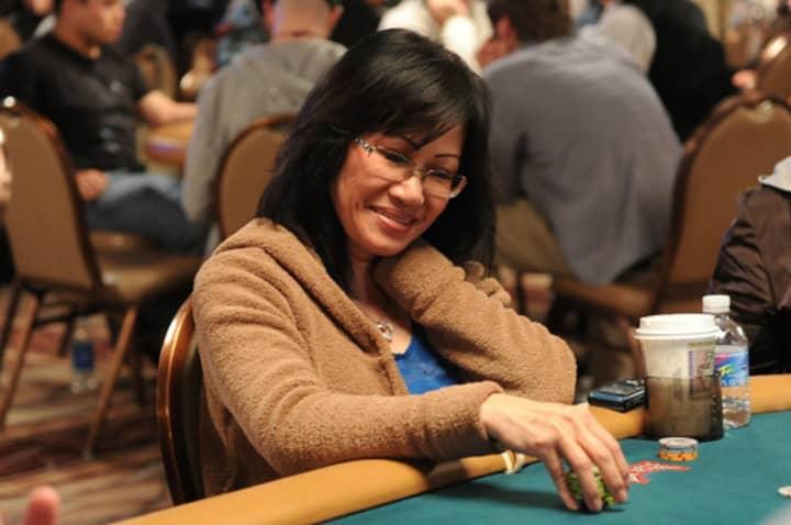 Top Vietnamese Female Poker Player Mimi Tran