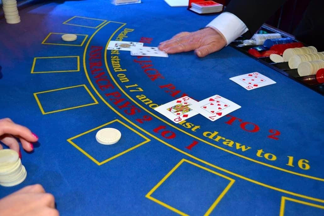 blackjack and poker online
