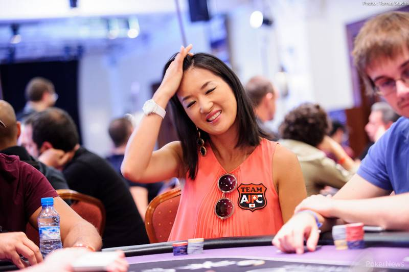 japanese female poker player Yuri Ishida