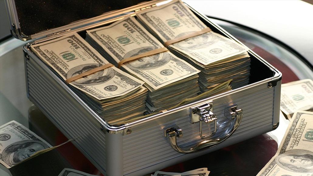 optimize poker bankroll