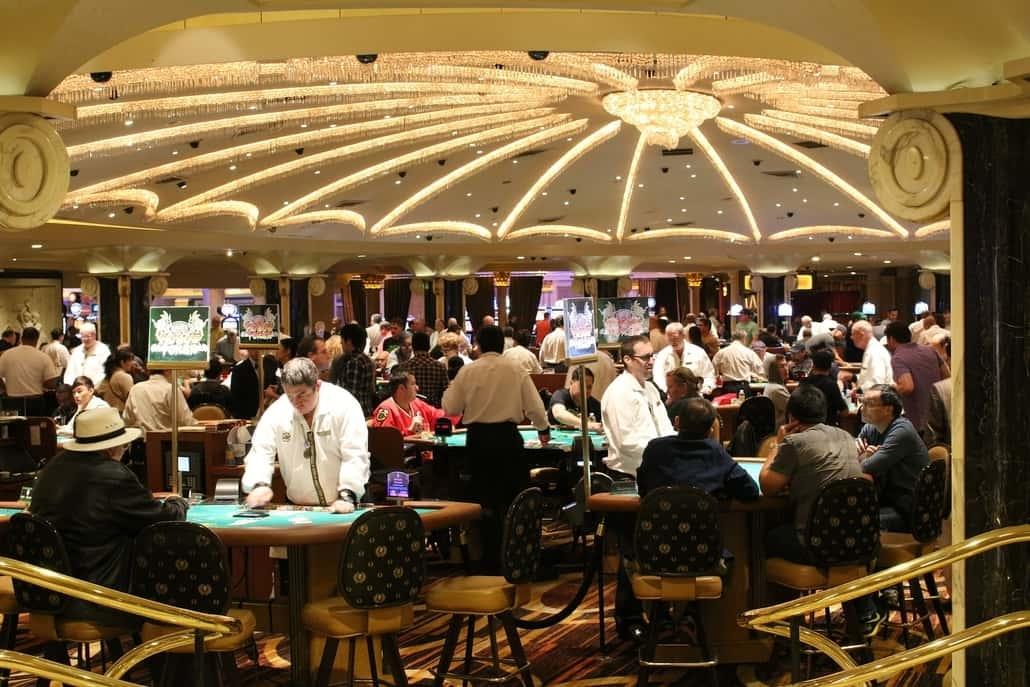 social poker game side