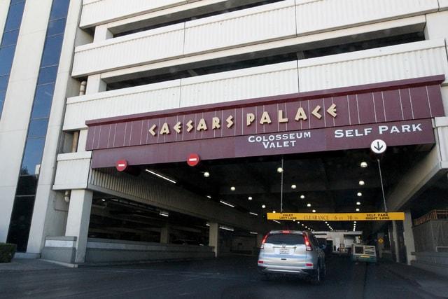 Caesars Palace parking