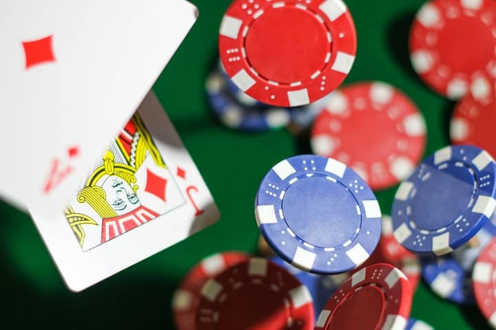 Basic Poker Rules - Learn How To Play Poker And Win!