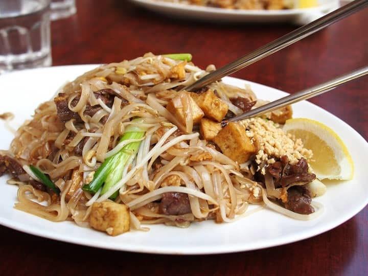 Thai poker and food