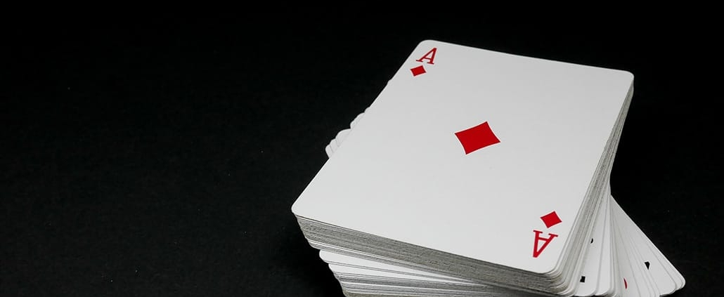 live and online poker differences