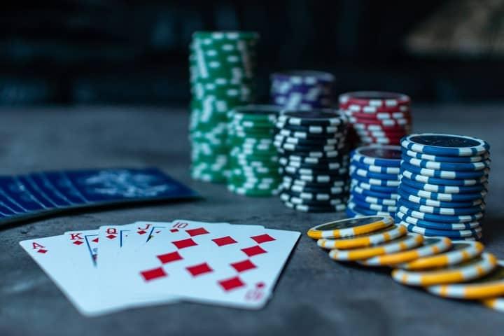 playing on poker downswing