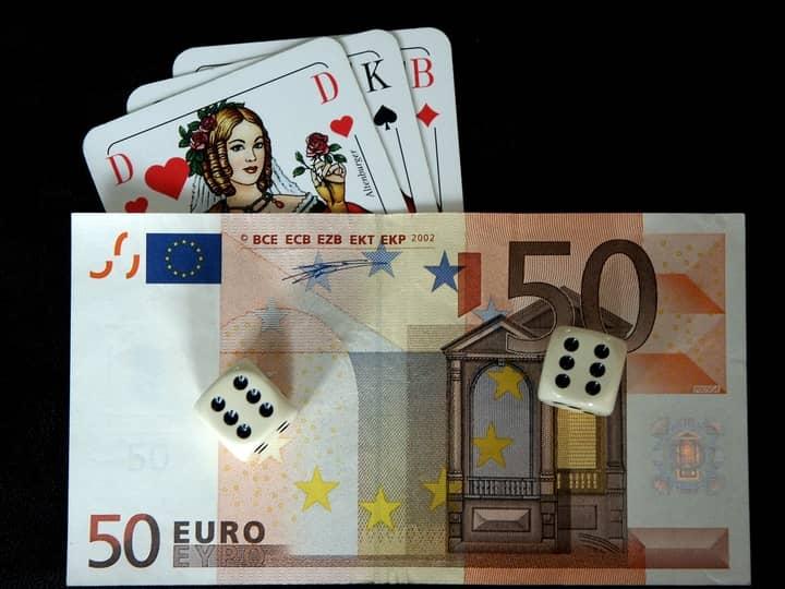 Sports-Betting-and-Poker-Bankroll