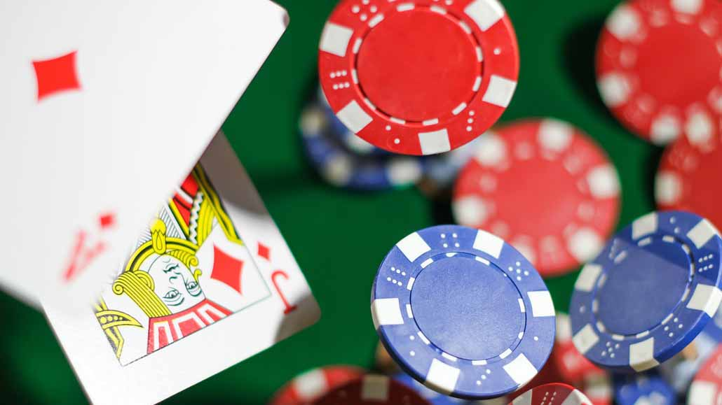 How Often Should You Play and Study Poker for Optimal Results?