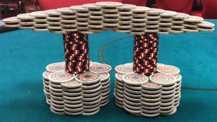 Weird-Poker-Chips-Stacking