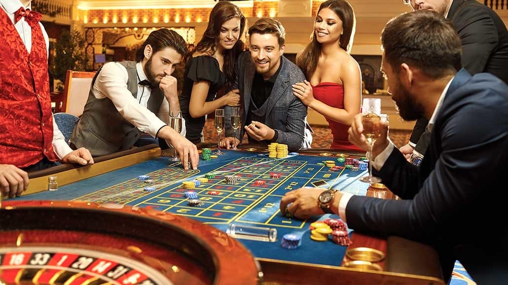 How To Play Roulette - Master Roulette Rules, Odds, and Payouts
