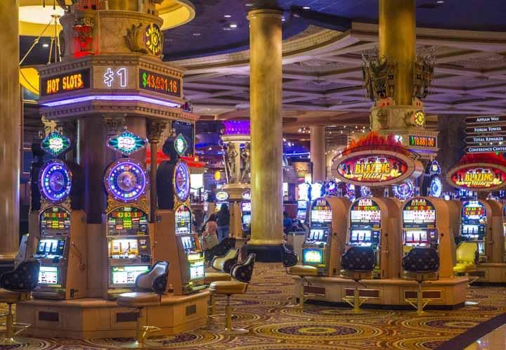 Mix-of-Slots-and-Pinball