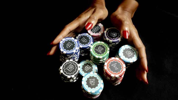 No-Safety-Net-in-Professional-Poker