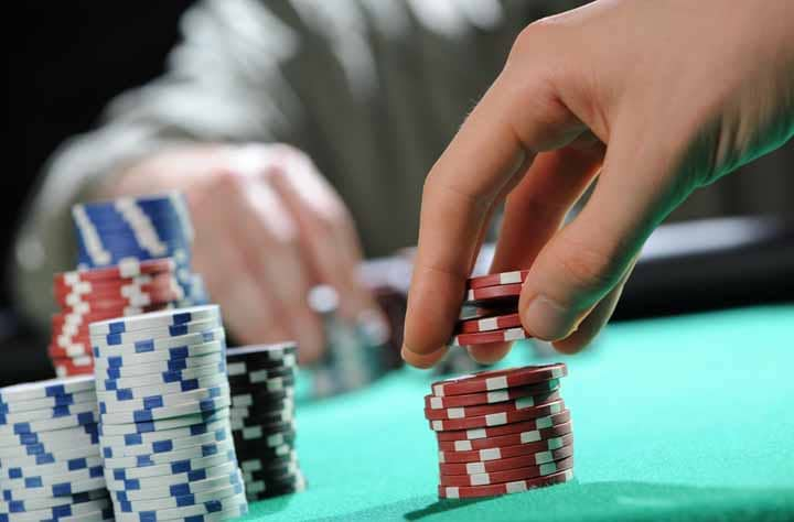 Poker-Freezeout-Final-Table