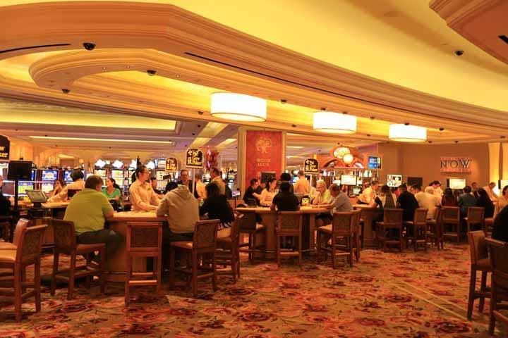 Social-Elements-of-Poker