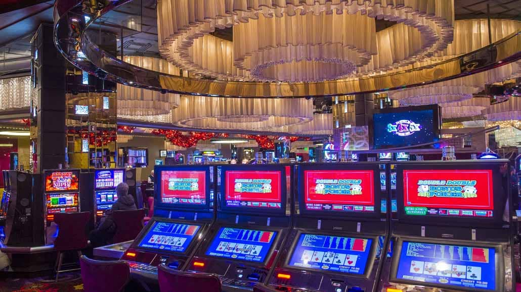 Video-Poker-vs-Texas-Holdem