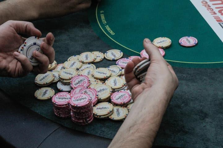 poker freezeout tips