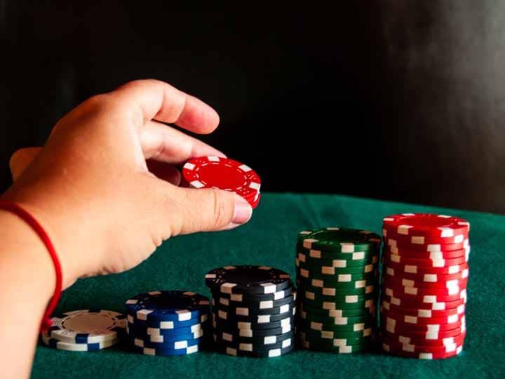 Develop-Multiway-Poker-Strategy