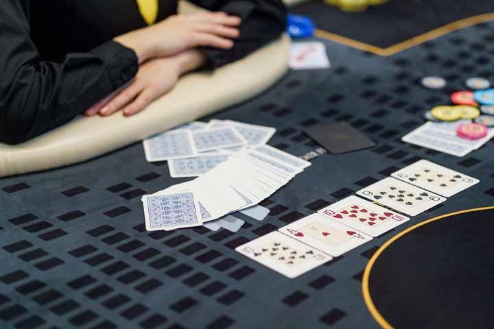 Horse-Poker-Games