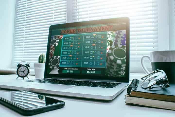 Italy-Online-Poker-History
