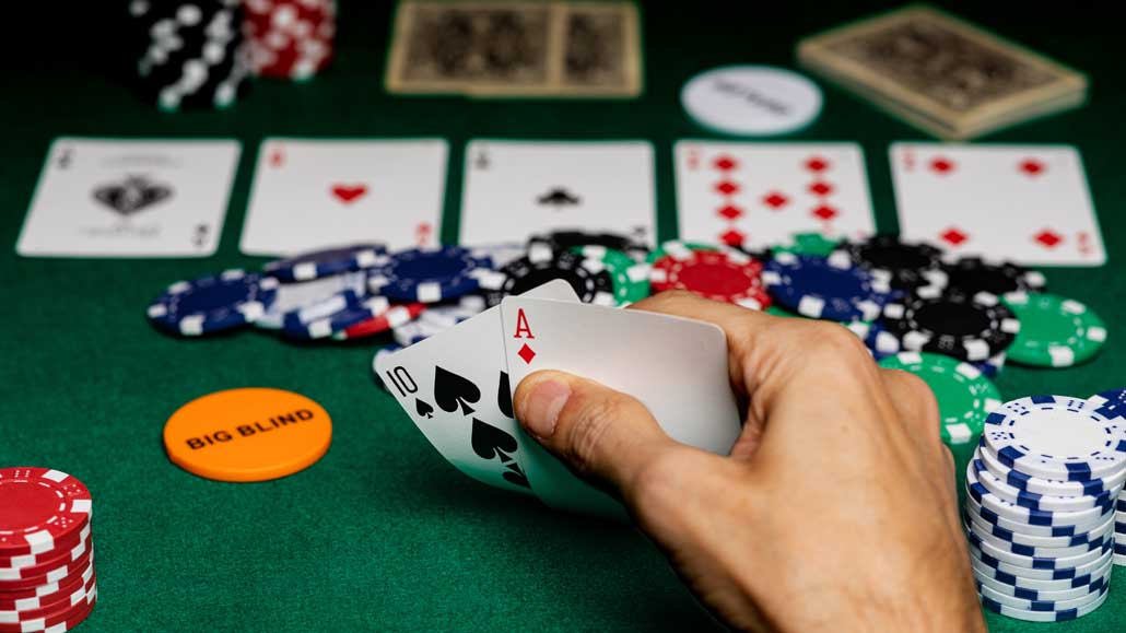 Can Another Variant of Poker Take Away The Crown From Texas Hold'em?