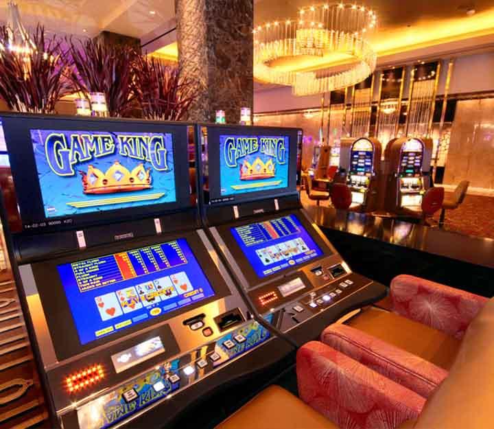 Hard-Rock-Casino-Slots-2
