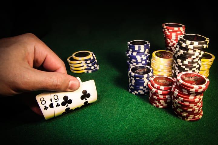 Fun poker home games - cash vs tournaments