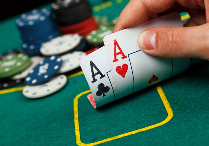 The best vs the worst hand in poker