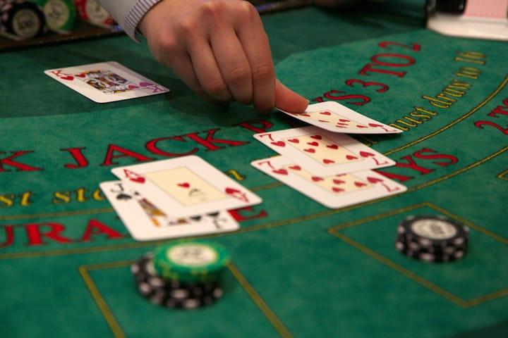 Why do poker players love blackjack