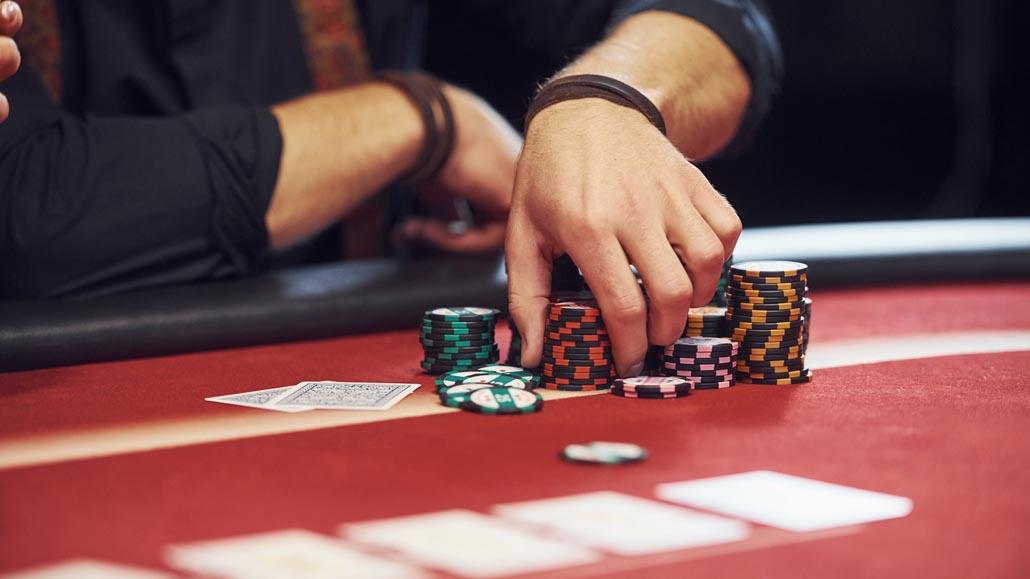 Enjoy different poker variations