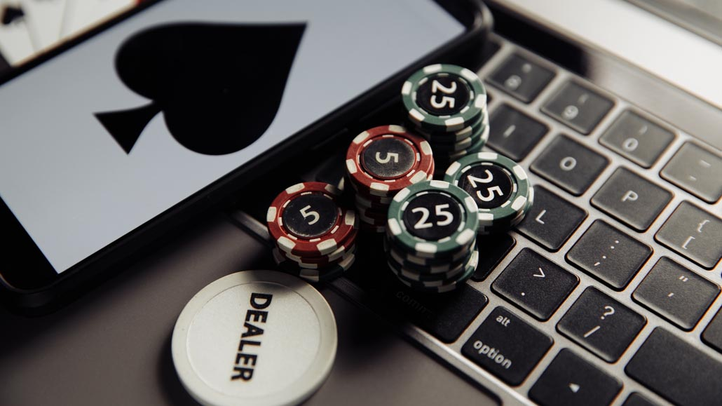 How to get started in online poker without investing your own money