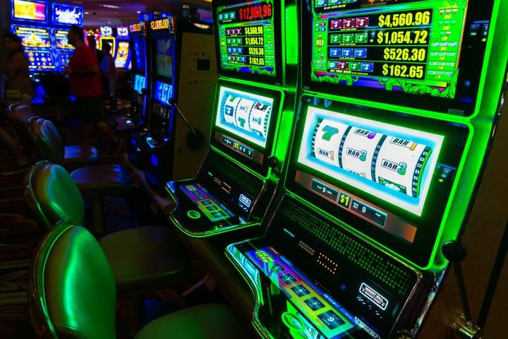Slot machines - jackpots