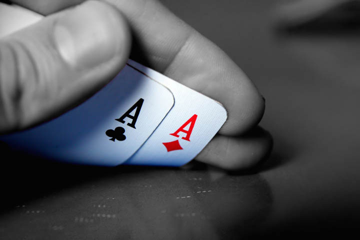 Stay focused while playing poker