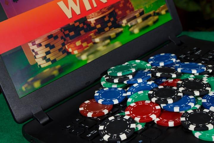 Stick to licensed online casinos