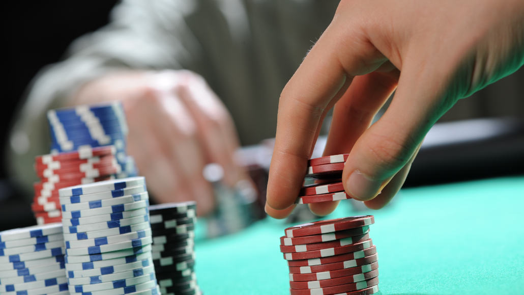 Basic guide to poker bluffing