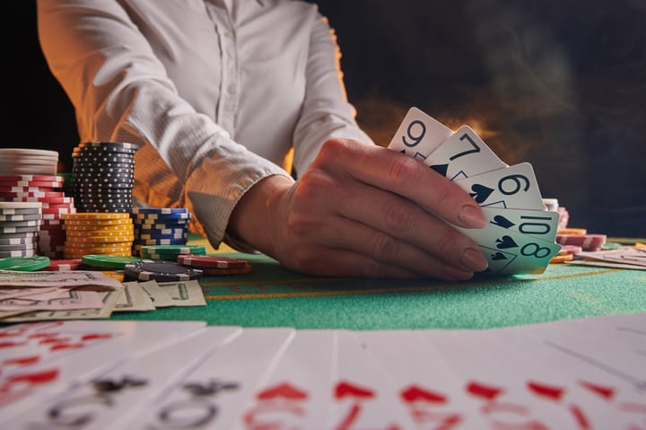 Live dealer vs real casino games