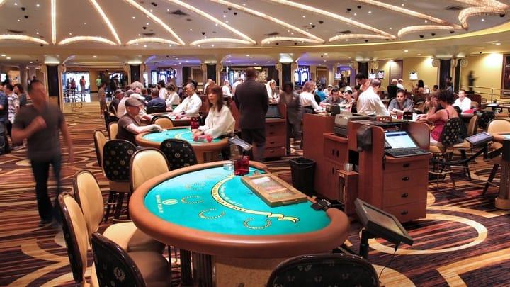 Pick the right casino games