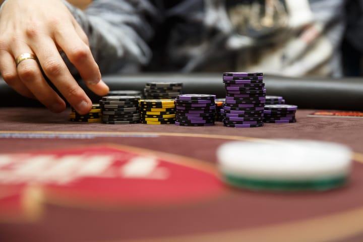 Kiat poker untuk Anda mulai