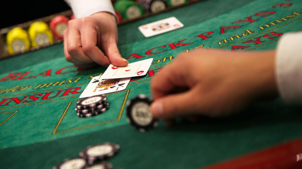 Why try live blackjack