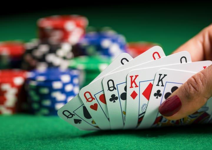 Temukan varian poker terbaik